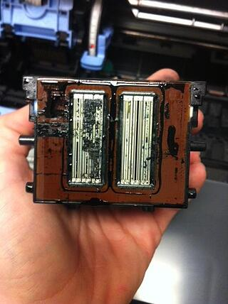 Clogged-printhead-from-Canon-plotter-caused-by-not-leaving-printer-powered-on
